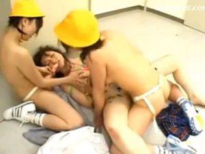【レイプレズ動画】美人女教師がビアンのロリJSたちに襲われ3Pでの緊縛レイプで犯される