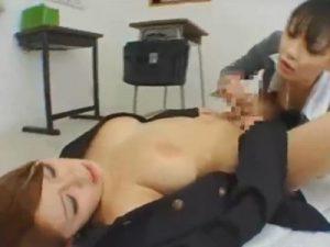 【ふたなりレズ動画】肉棒生えてグレたギャルJKをメガネ女教師がレズプレイで更生させる