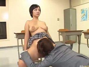 【JKレズ動画】時を止めて教え子のロリ巨乳なボーイッシュ女子校生をクンニでレイプする