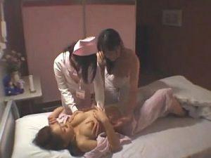 【ナースレズ動画】深夜の病室でレズプレイしてたら夜勤のナースも参加して3P乱交SEXに